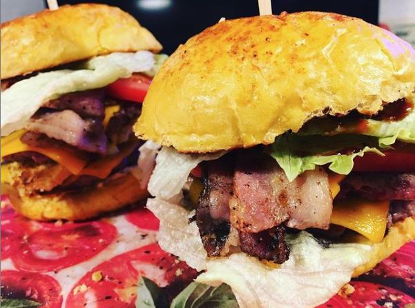 hamburger raclette bacon
